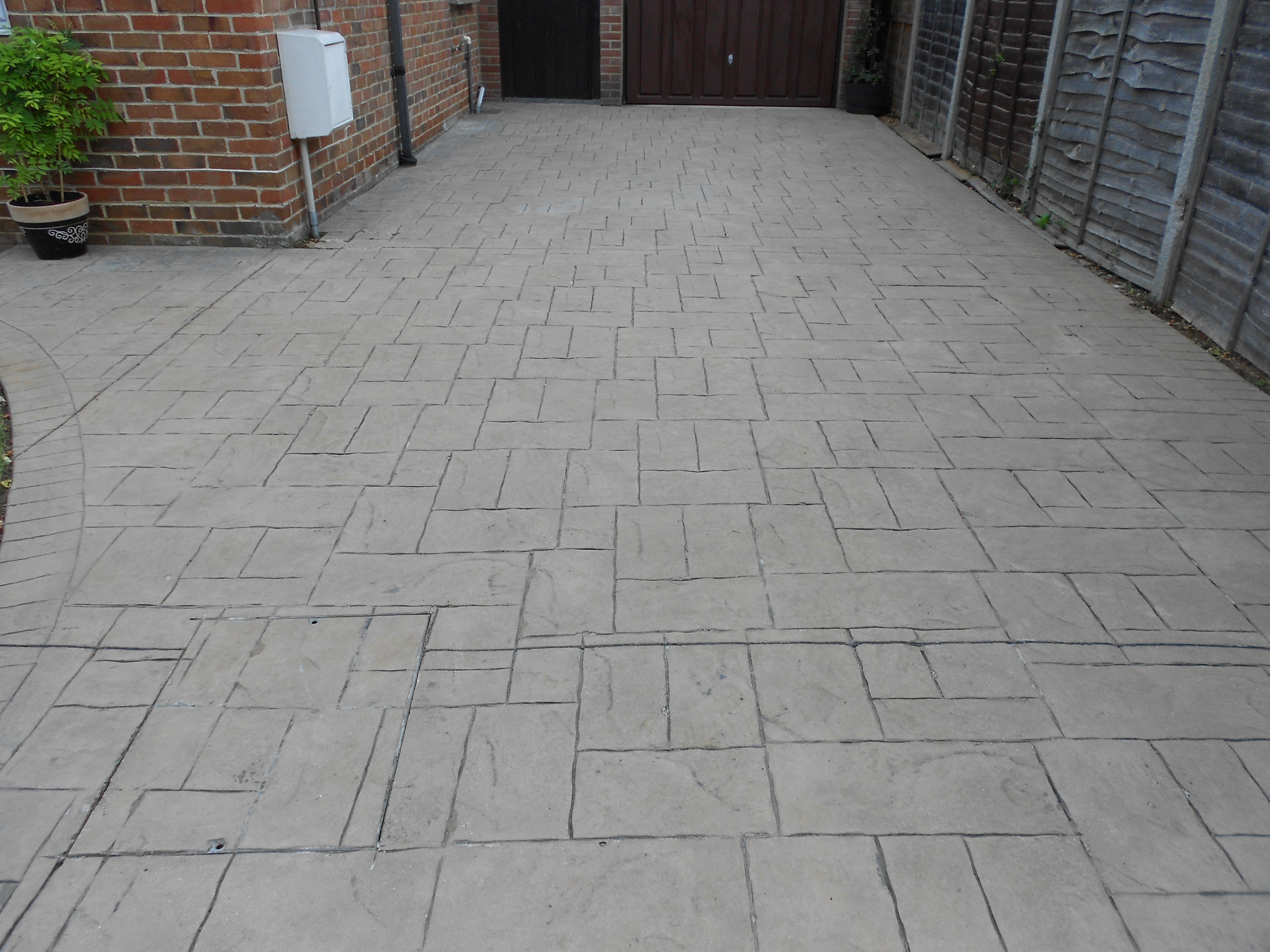 Diamond sheen drive clean driveway patio cleaning for Concrete driveway cleaner